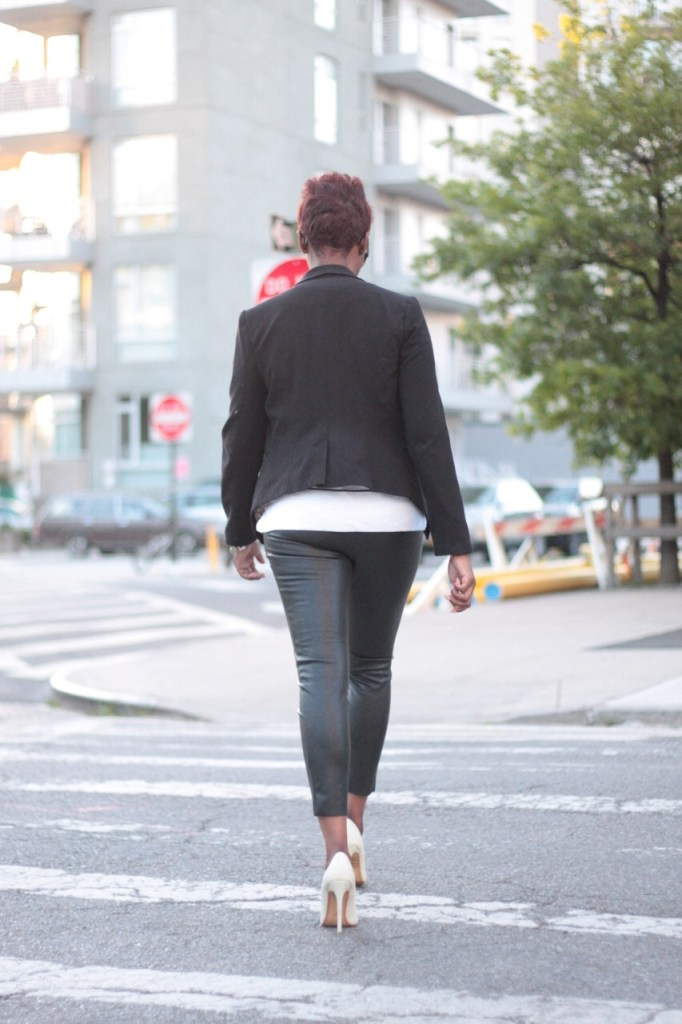 the white rose leather pants striped shirt black blazer white pumps style 2016
