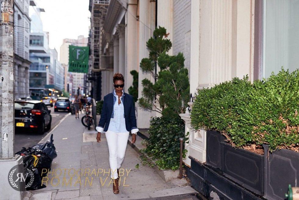 navy blazer denim jacket striped shirt white jeans leopard pumps summer fashion 2016