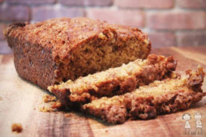 The Best Banana Bread, Cinnamon Crunch Banana Bread, banana bread, ripe bananas, breakfast, dessert, recipe, banana bread recipe, cinnamon banana bread, coco and ash
