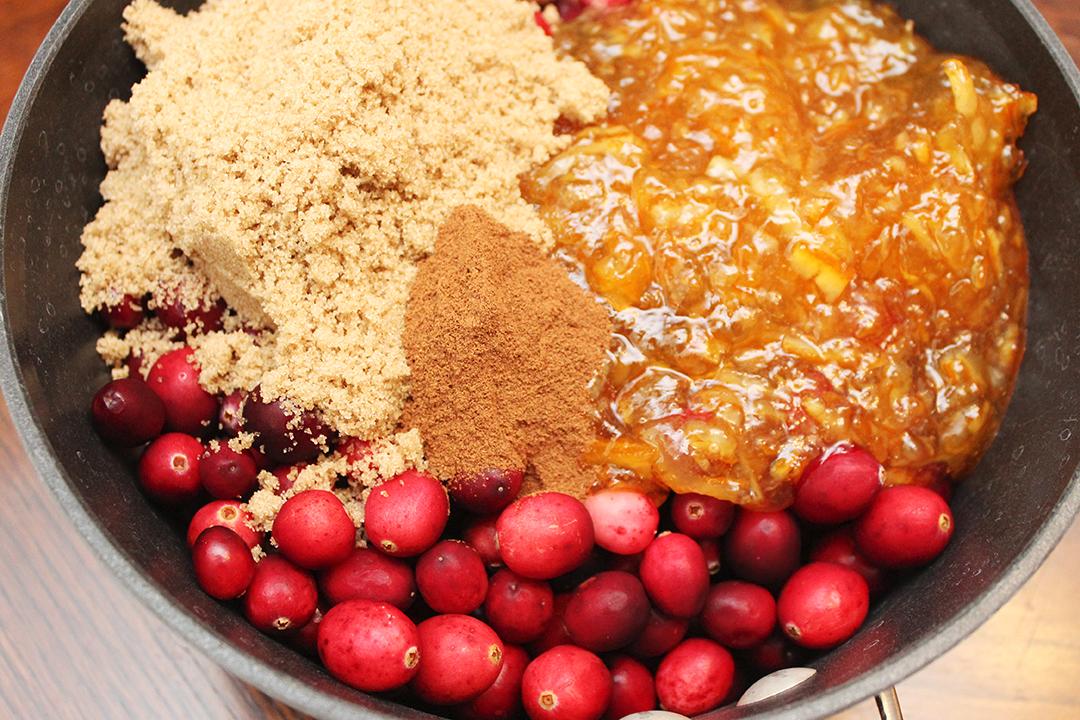 Easy Cranberry Sauce with Orange Marmalade