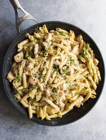 Creamy Chicken and Pesto Pasta, Creamy chicken, Pesto pasta, easy recipe, chicken recipe, parmesan