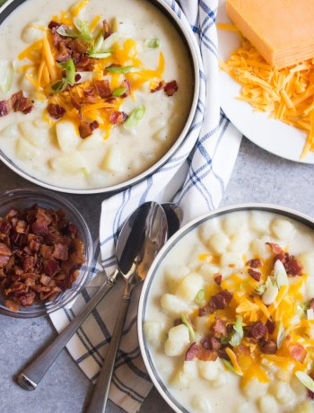 Loaded potato soup, baked potato soup, potato soup, easy potato soup, easy soup,