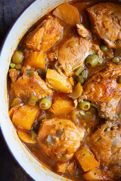 chicken fricassee, fricase de pollo, cuban chicken fricassee, cuban recipe, cuban food, coco and ash