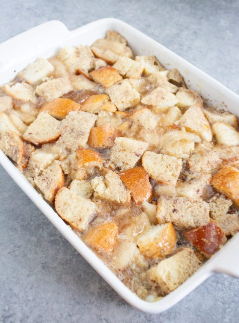 unbaked bread pudding, easy apple pie bread pudding, apple bread pudding, bread pudding, fall dessert, coco and ash, canned apples