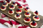 Easy cheesecake cups, berry cheesecake cups