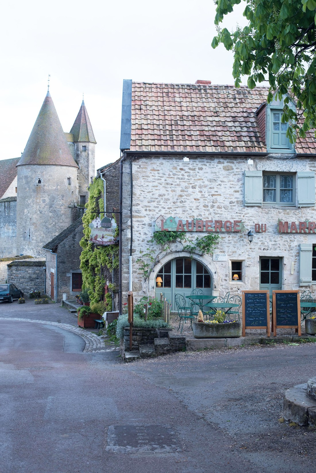 L'Auberge du Moissonier, a restaurant in Chateauneuf-en-Auxois in Burgundy, as captured by Winnipeg travel blogger Cee Fardoe of Coco & Vera