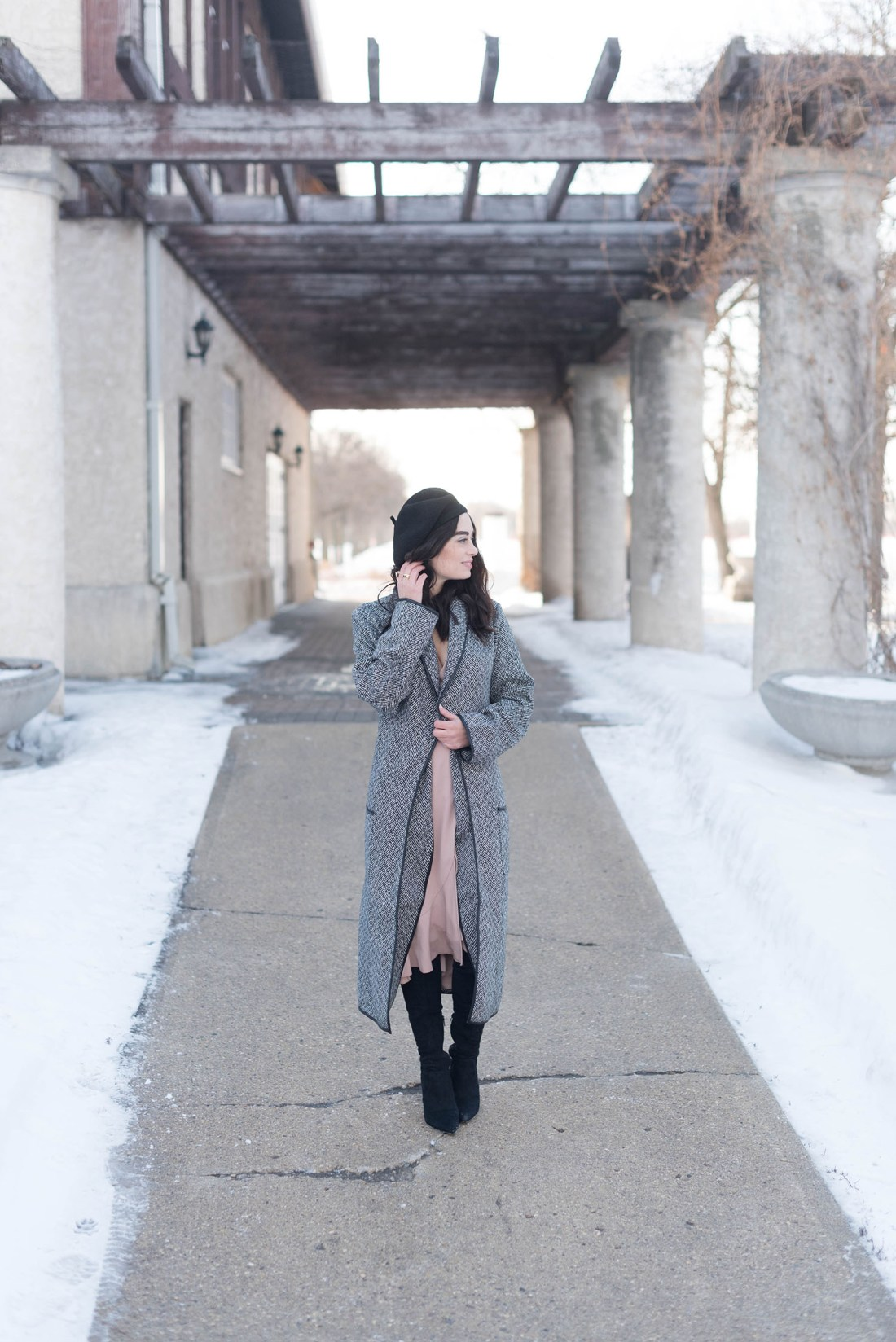 Canadian fashion blogger Cee Fardoe at the Assiniboine Park Pavilion in Winnipeg, wearing a Wilfred Josie dress and Anthropologie Bonnie beret