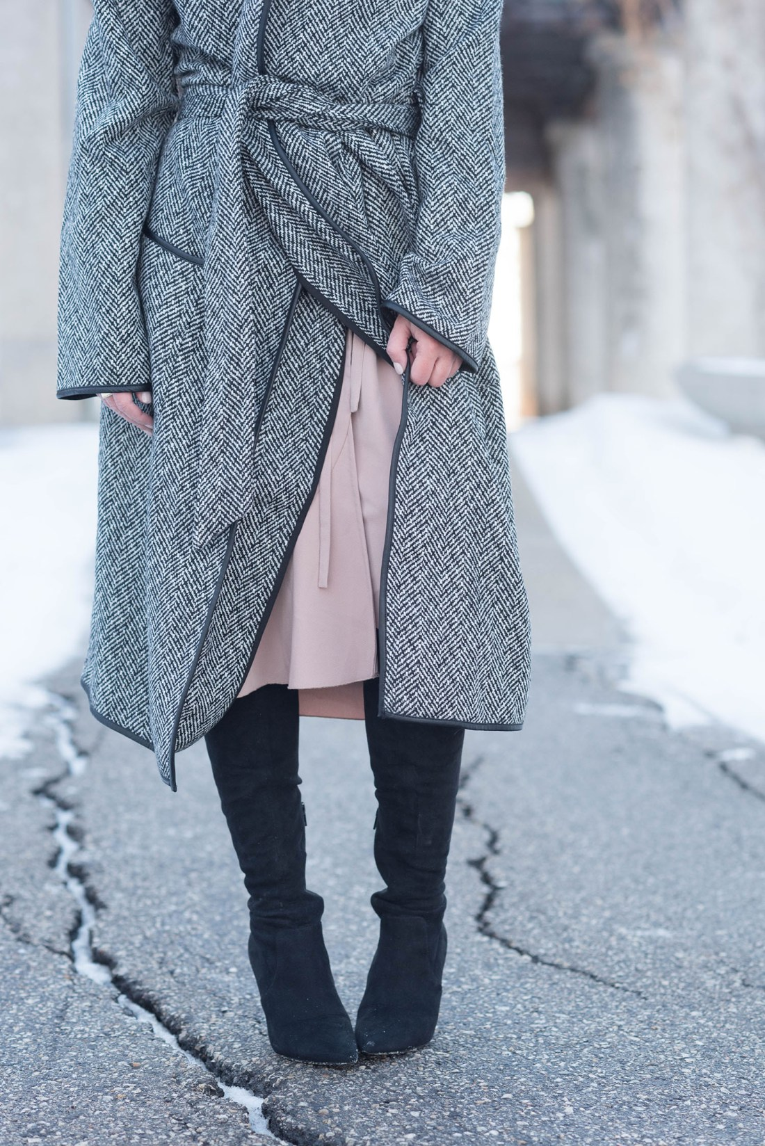 Outfit details on fashion blogger Coco & Vera including the Wilfred Josie dress and Aldo OTK boots