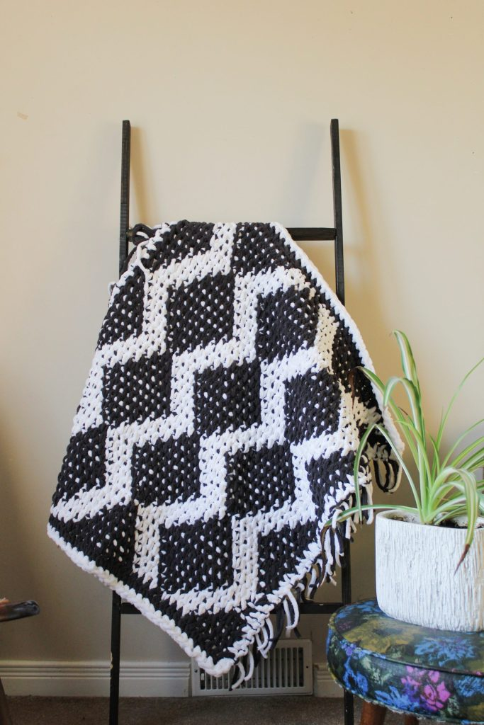 The Basilisk Baby Blanket free crochet pattern by coco crochet lee