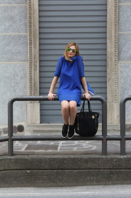 ROYAL BLUE T-SHIRT DRESS SPORTY CHIC OUTFIT
