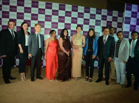 Gauhar-Khan-at-Cocoo-launch-in-Delhi-on-2nd-Sept-2016-2-696x464