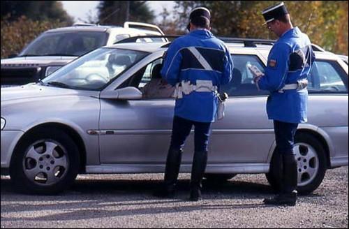 Contrôle routier par la gendarmerie