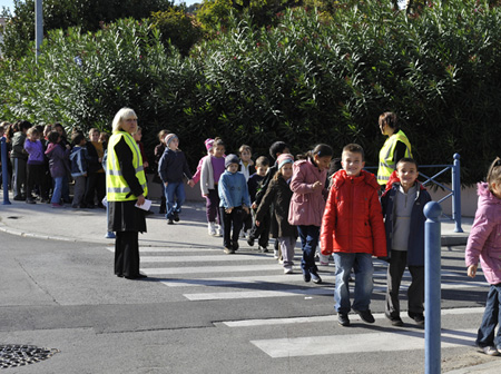 Le pédibus pour aller à l'école en toute sécurité