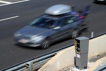 Radars ont un effet sur la mortalité routière mais à court terme seulement