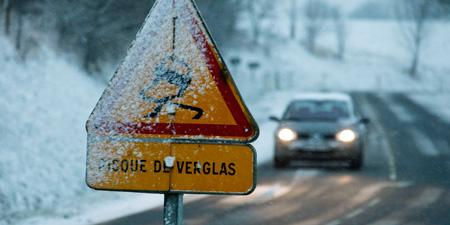 Attention aux routes enneigées ou verglacées