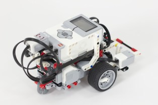 Lego Mindstorms EV3 - a common member of school robotics clubs