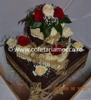 tort de nunta cu betisoare ciocolata