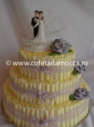 tort de nunta cu betisoare ciocolata alba