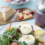 Huevos Benedict en Think sweet - Nuevo brunch en Barcelona