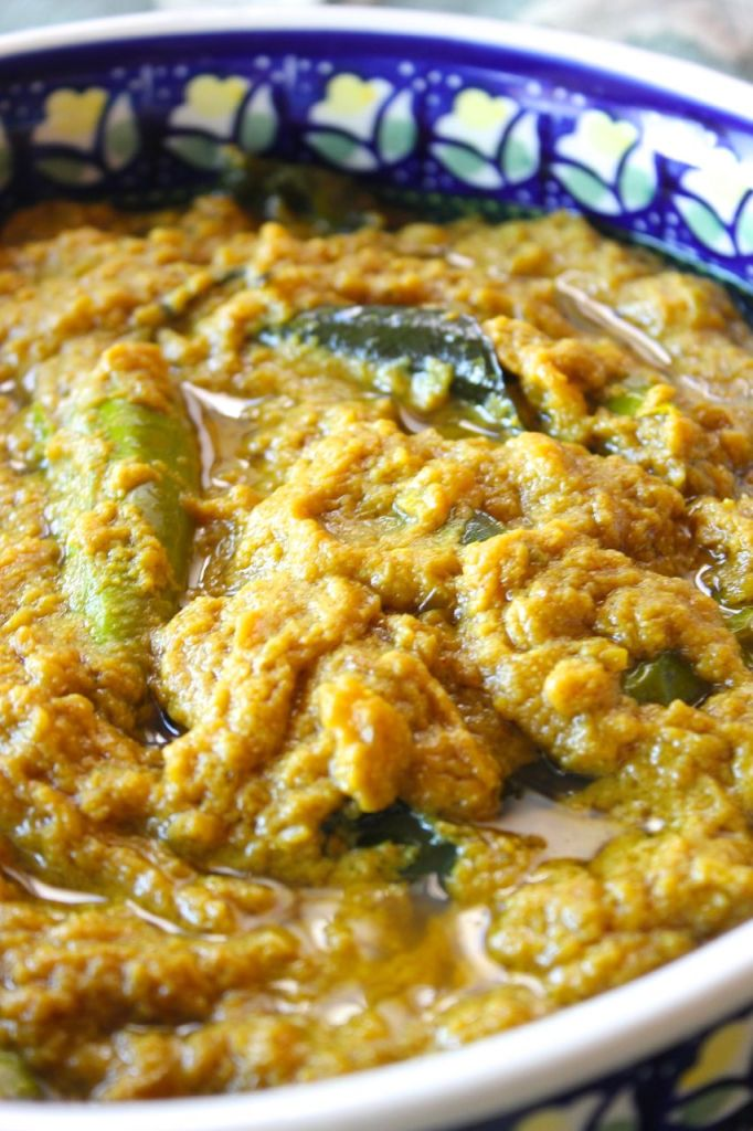 Mirchi Salan ~ Green Chilli Curry - Coffee and Crumpets
