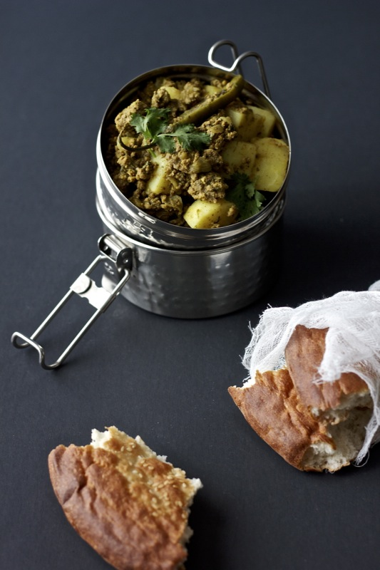 Kheema Aloo~ground beef and potato curry