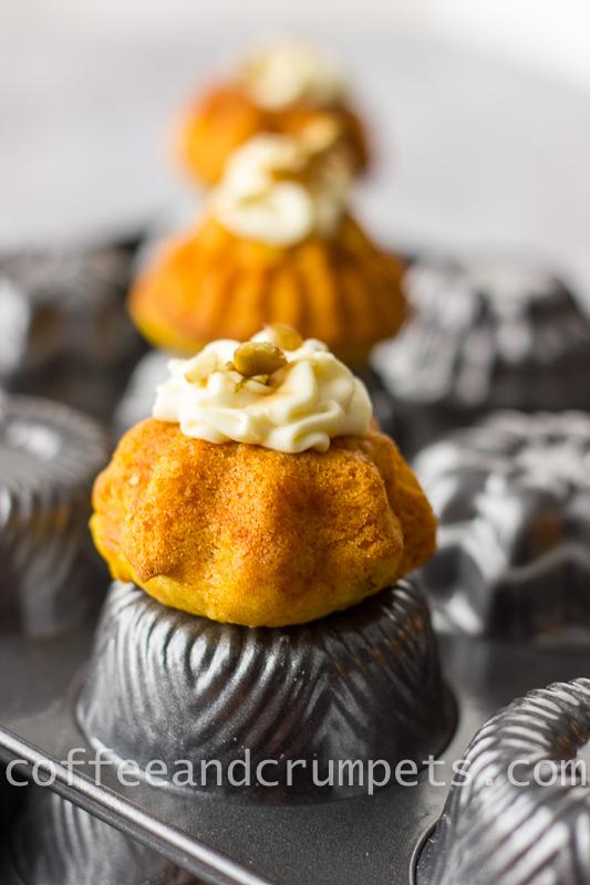 pumpkin mini bundt cake
