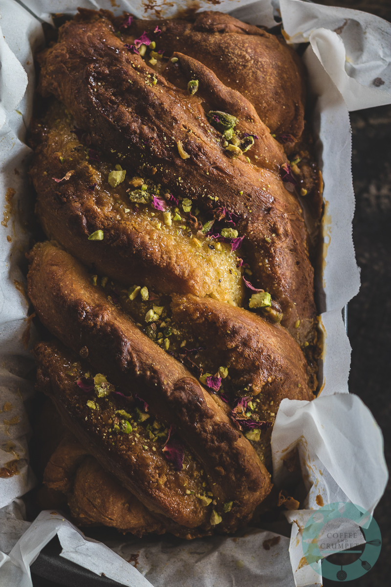 white-chocolate-pistachio-babka