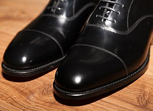 Coffee Filter Uses - Shoe Polish