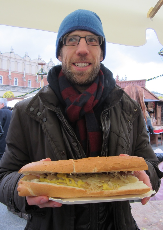 albert polish sausage sandwich