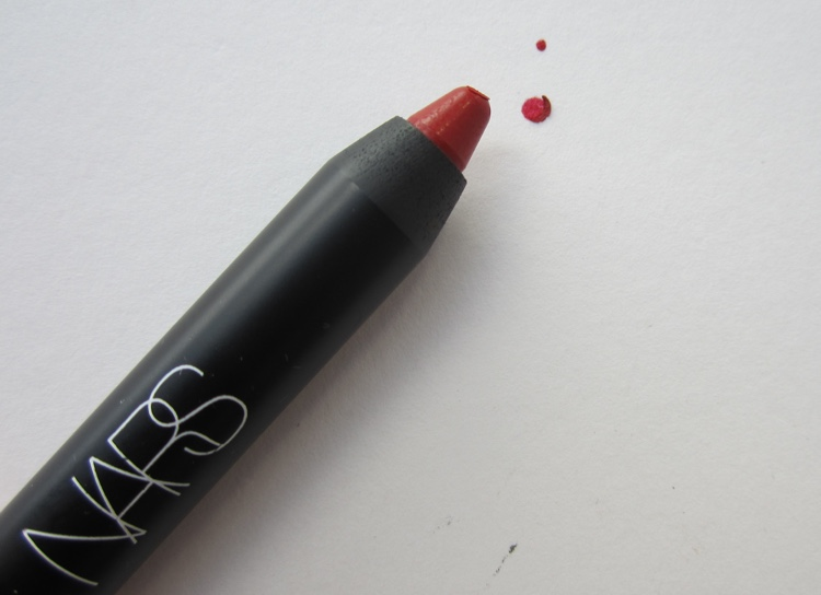 NARS velvet matte lip pencil cruella