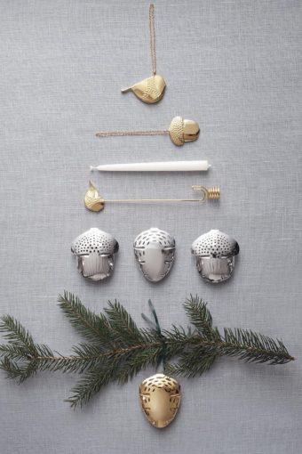Joulukuusen valinta ja koristeet