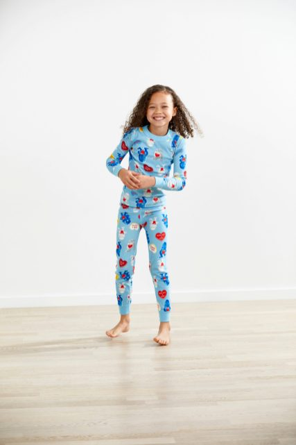 HANNA ANDERSSON - Star Wars Kid's and Baby Matching Valentine's Candy Heart Pajamas - $44 - $50 Join the Heart Side this Valentine's Day with Star Wars Valentine's Candy Heart matching pajamas. Hanna organic cotton + original Star Wars™ artwork = the best-loved pj's in the galaxy! Our legendary organic long johns are combed for extra softness, and finished with smooth seaming to surround them in comfort all night (and all day!). Hand-me-down quality means that 50 washes from now they'll come from the dryer bright and happy as ever. Shop now at Hanna Andersson: https://www.hannaandersson.com/