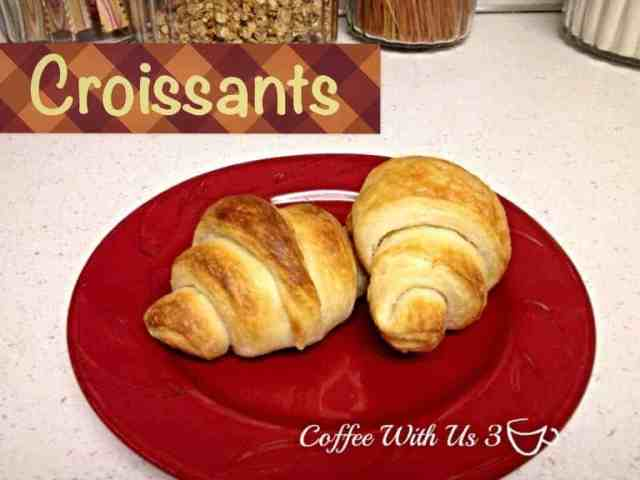 Love Pillsbury Croissants?!? Try making them yourself!  With no artificial preservatives or ingredients you can't pronounce!  And impress all your Thanksgiving guests!