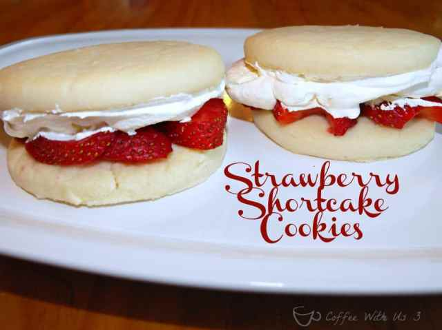 Strawberry Shortcake Cookies- Oh these are heavenly! #strawberry