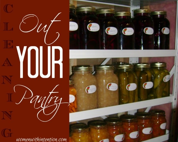 Cleaning-Out-Your-Pantry