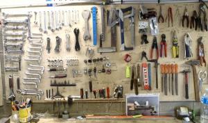 outils de jardin a main