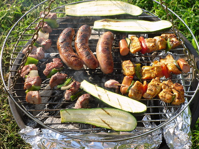 barbecue rond charbon