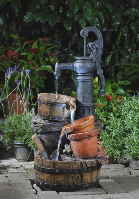 Water Fountains For Home Garden   Pool Design Ideas on Home Garden Fountain Design id=91401