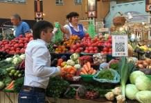 Comprar frutas y verduras con bitcoin en Kiev