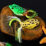 5pcs doux Grenouille Leurre de pêche de crochets Topwater Attaquer Appât avec boîte de pêche