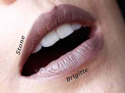 Batom Stone MAC comparação lábios detalhes