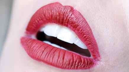 Holiday Edition Kylie Cosmetics - Lip kit Merry (Lábios)