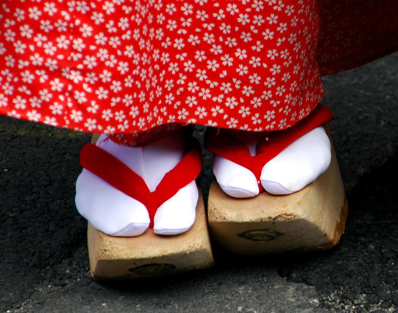 55660fd44 Os 5 calçados japoneses mais tradicionais e famosos do Japão