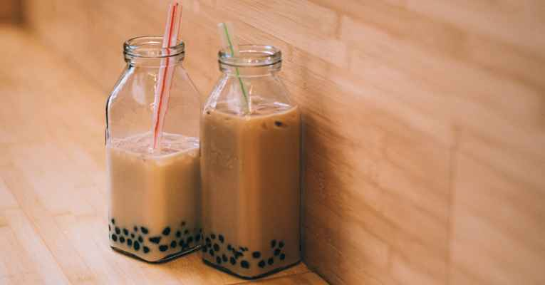 Bebida com bolinhas de tapioca
