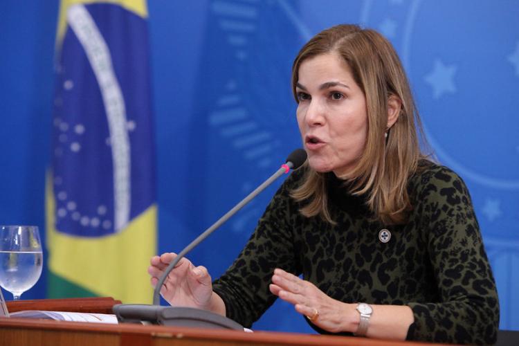 CPI da Covid-19 aprova pedido de afastamento de Mayra Pinheiro do Ministério da Saúde