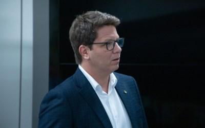 Comissão de Cultura da Câmara entra com queixa-crime contra Mario Frias por incêndio na Cinemateca