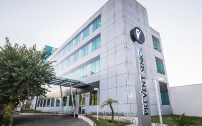 CPI aprova convocações de advogada de médicos da Prevent e empresário Luciano Hang
