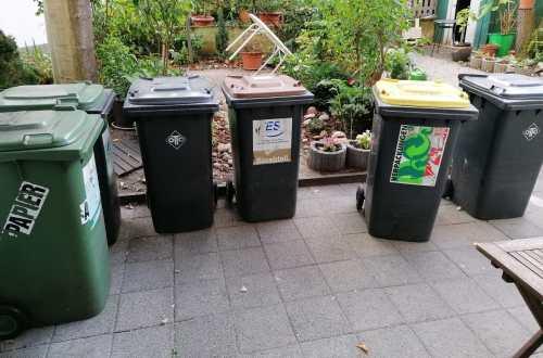 Çöp Bidonları