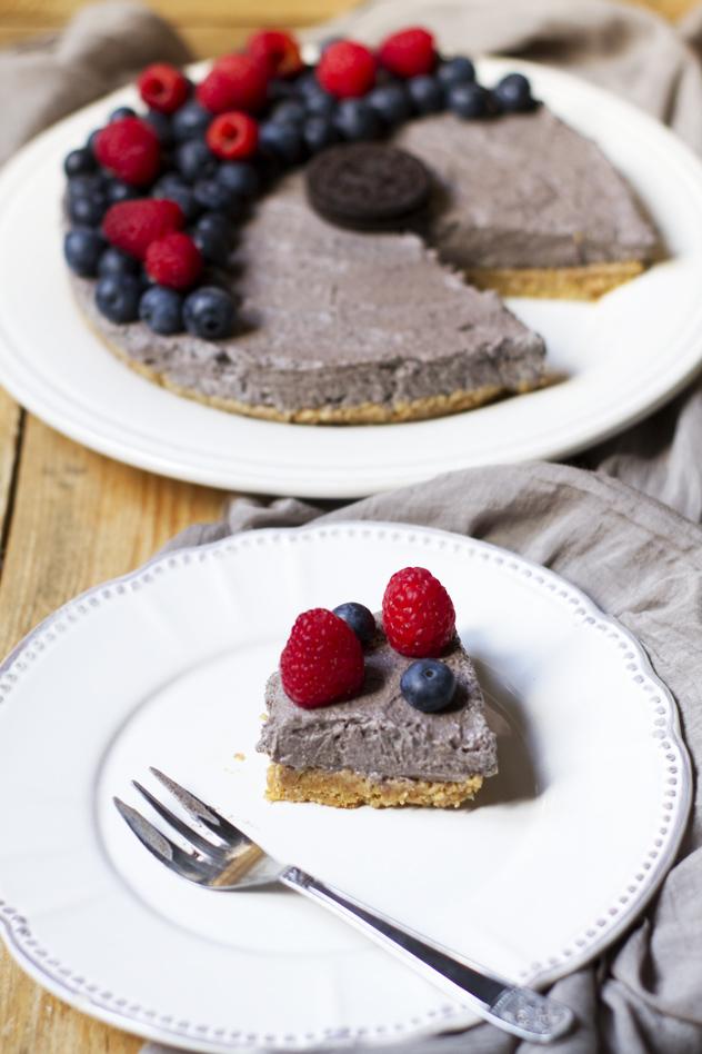 Cheesecake fredda agli oreo e frutti di bosco_07