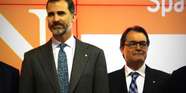 Felipe VI y Artur Mas por red punto es